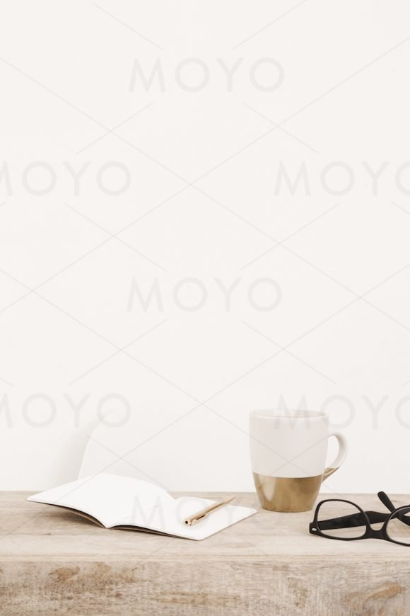 MOYO Studio - Minimalist styled stock photos & mockups